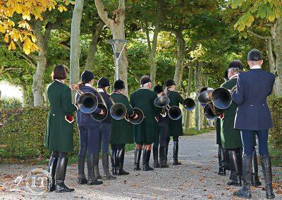 IMG_5752_Herrenchiemsee-Bayerische-Jungwoelfe-Jagdreiten-Initiative-Trompe