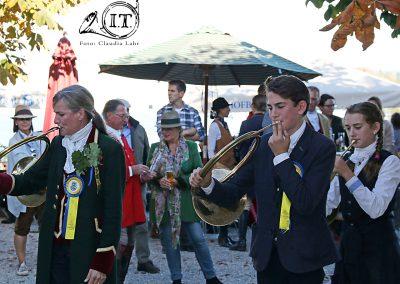 IMG_6586_Herrenchiemsee-Bayerische-Jungwoelfe-Jagdreiten-Initiative-Trompe