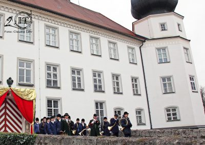 2019-12-Schloss-Tüssling-Die-Bayerischen-Jungwoelfe-04